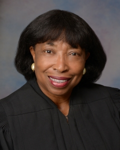 Judge Donald - robe(2014)